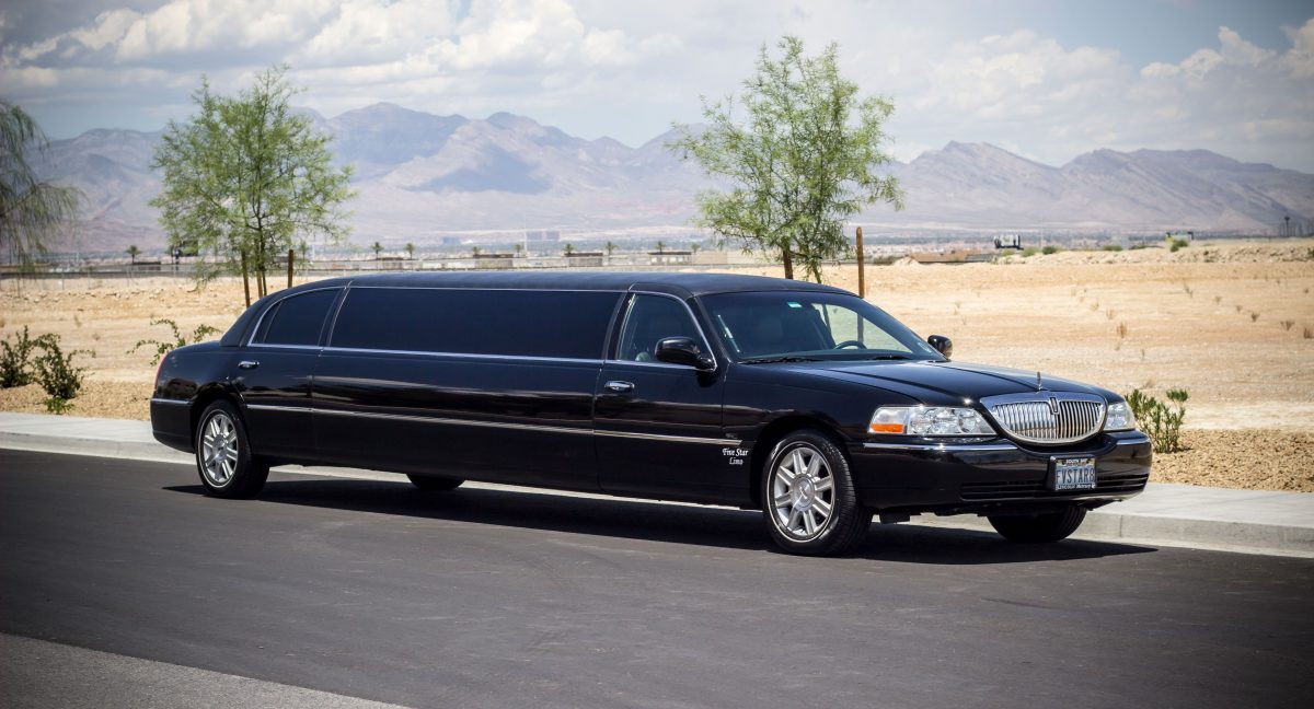An Essential Consideration For a Wedding Limo